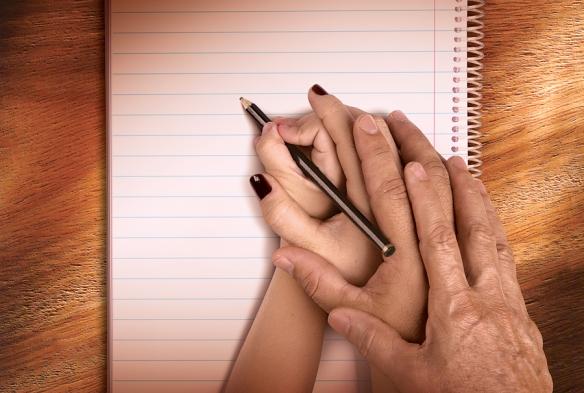 Pais e professores juntos na difícil tarefa de educar